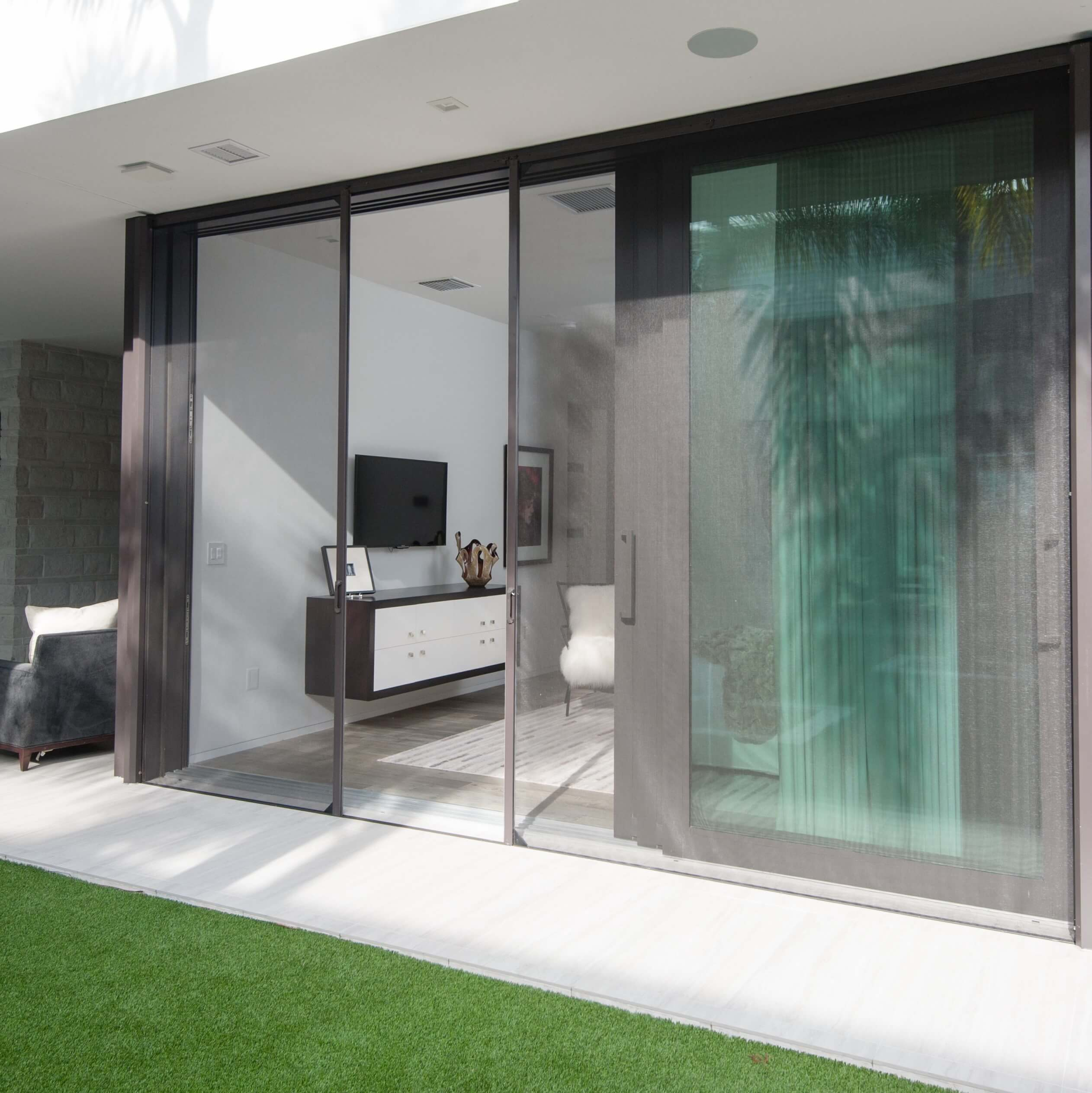 Retractable Wall & Door Screens