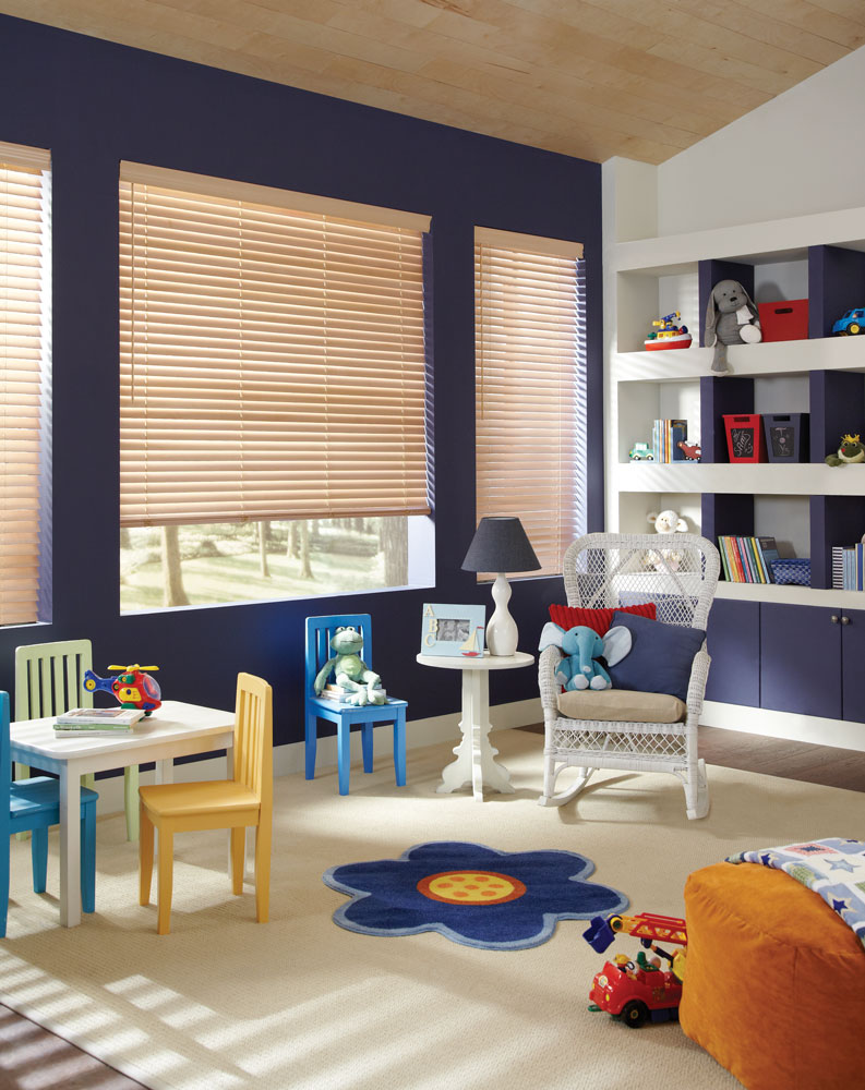 Hunter-Douglas-Parkland-Classics---LiteRise-Operation---Basswood---Color-Palomino.jpg