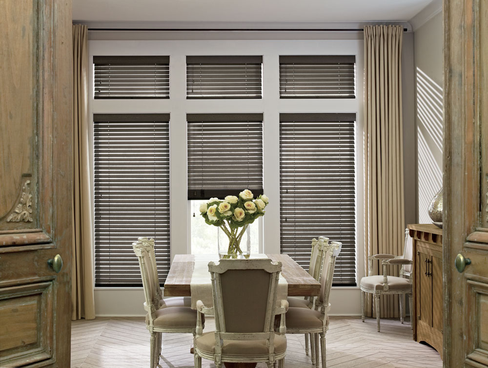 Hunter-Douglas-Parkland---Color-Flint-Gray.jpg